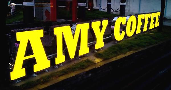 Thiết kế thi công bảng hiệu chữ nổi inox chuyên nghiệp nhanh chóng tại quận 12
