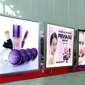Nhận thi công bảng hiệu hộp đèn ép nổi quảng cáo nổi bật cho các doanh nghiệp