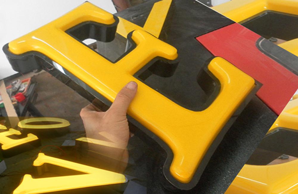 Nhận thiết kế thi công bảng hiệu chữ mica hút nổi ấn tượng giá rẻ tại quận 8